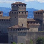 Parma Torrechiara Castle B&#038;B Accomodation plus Parma ham visits